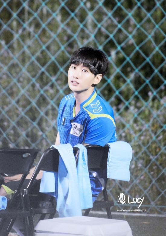 150820 Korea-China Dream Team Filming with Eunhyuk (1)