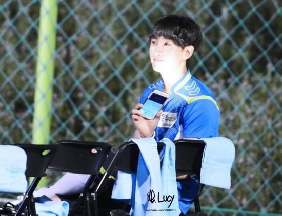 150820 Korea-China Dream Team Filming with Eunhyuk (2)