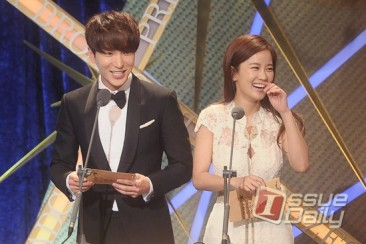 150903 korea broadcasting awards leeteuk (5)