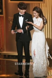 150903 korea broadcasting awards leeteuk (8)