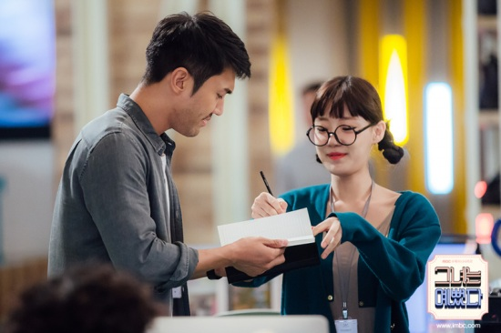 150924 MBC 'She Was Pretty' Official Update with Siwon (5)