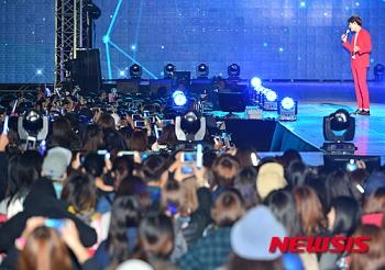 151004 Gangnam kpop festival (106)
