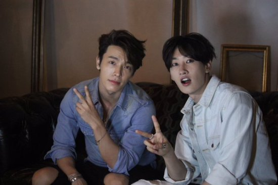 151028 ELF Japan Official Update with Eunhyuk and Donghae (1)