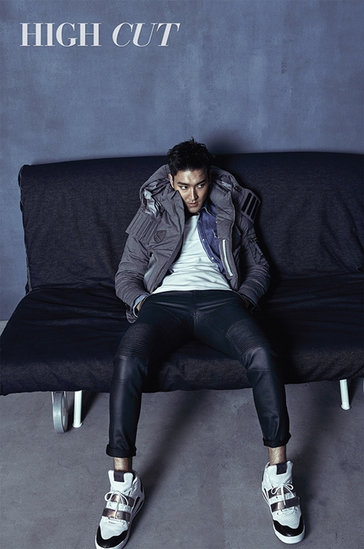 151118 high cut vol.162 - siwon (6)