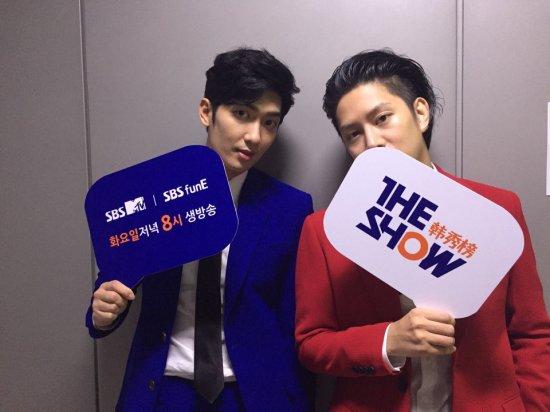 160719 sbsmtvtheshow Twitter Update with Heechula and Zhou Mi1
