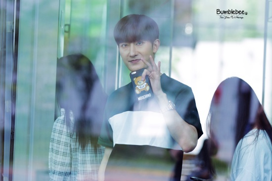 160726 Zhou Mi at SBS Prism Tower (4)
