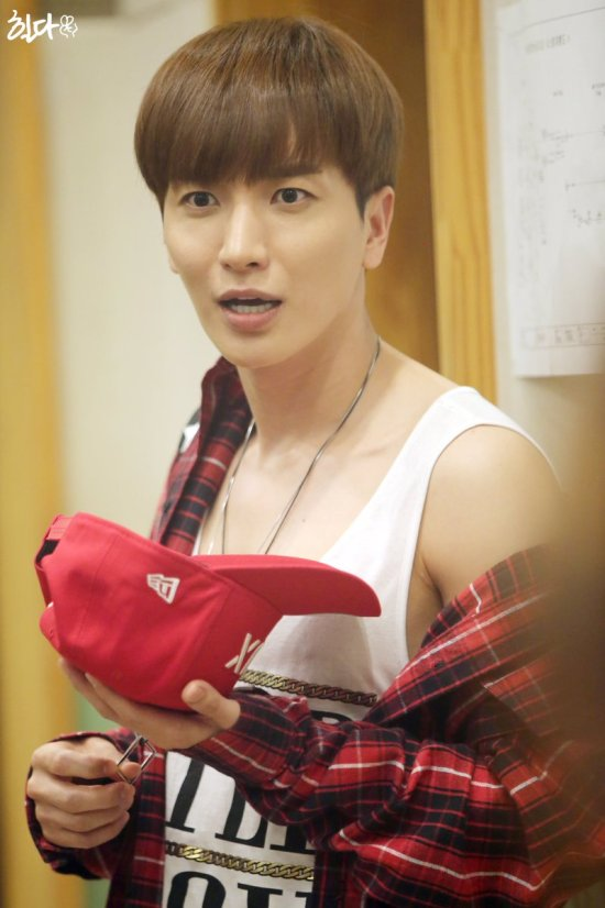 160807 Sukira (KTR) with Leeteuk1
