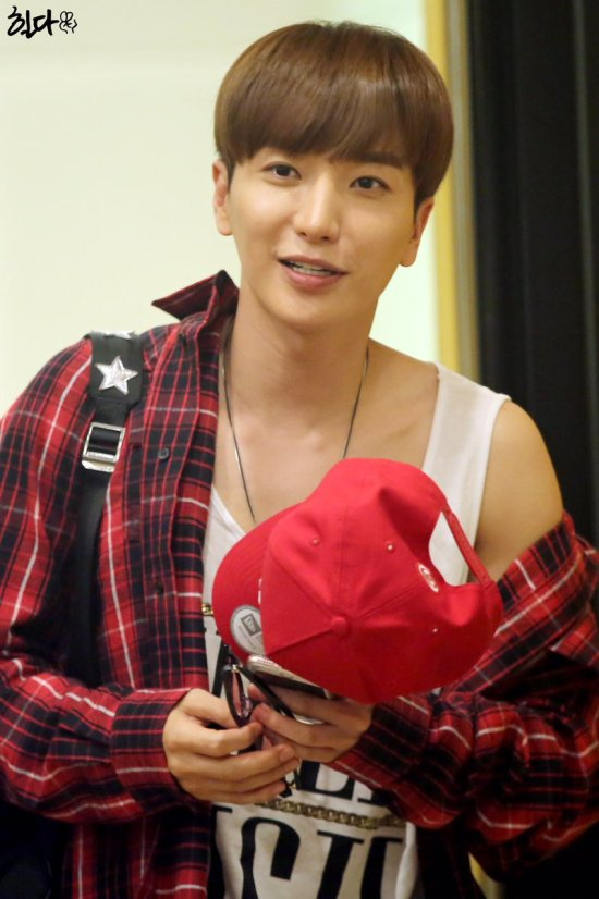 160807 Sukira (KTR) with Leeteuk4