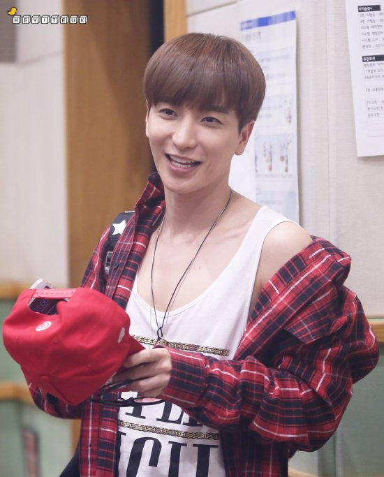 160807 Sukira (KTR) with Leeteuk5