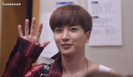 160807 Sukira (KTR) with Leeteuk7