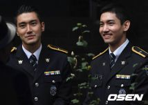 160831 police film festival siwon19