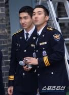160831 police film festival siwon32