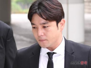 160907-kangin-at-seoul-district-court5