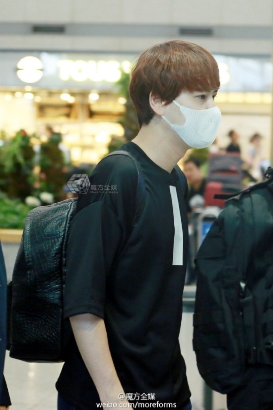 160911-kyuhyun-at-incheon-airport-from-thailand2