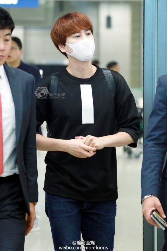 160911-kyuhyun-at-incheon-airport-from-thailand5