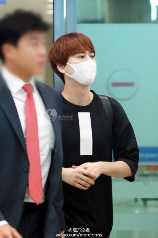 160911-kyuhyun-at-incheon-airport-from-thailand6